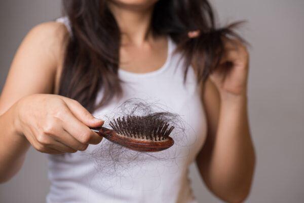 Haarausfall – normal oder Grunde zur Sorge?